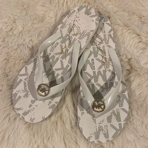 Michael Kors Silver and White Signature Flip Flops